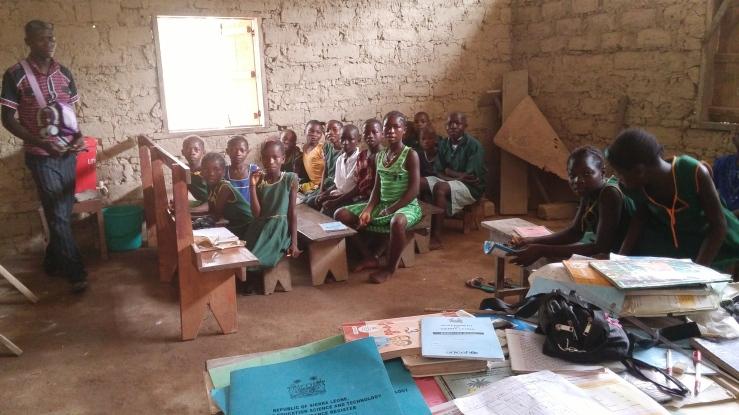 SierraLeone_primaryschool-classroom